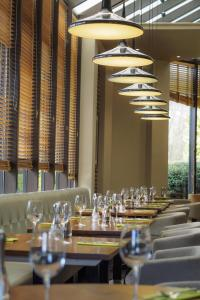 Hilton Manchester Airport Hotel, Hotely  Hale - big - 25