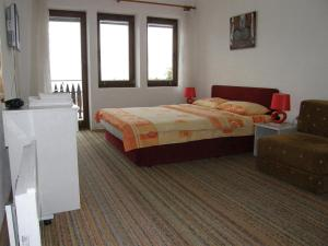Double Room with Lake View Villa Rustica