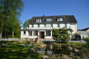Arnimsruh Hotel garni - Groß Grönau