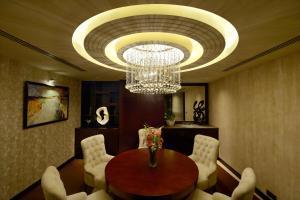 Radisson Blu Chattogram Bay View, Hotel  Chittagong - big - 14