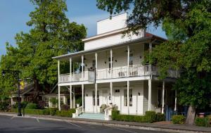 Tallman Hotel
