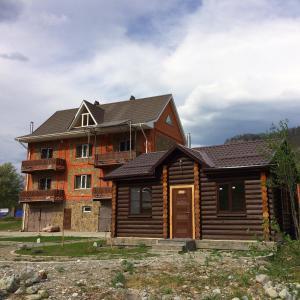 Zeleny Bereg Guest House - Akhmetovskaya