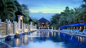 Курортный отель Centara Seaview Resort Khao Lak, Кхаулак