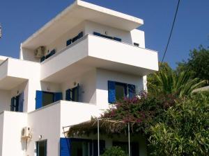 Agia Fotia Terrace - Achlia