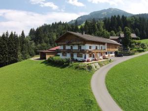 Apartment Glonersbuhelhof 3