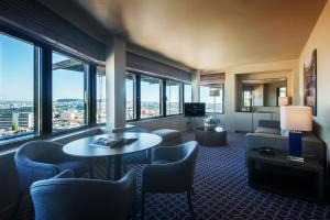 Hotel Dom Henrique - Downtown, Отели  Порту - big - 20