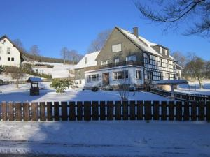 Pension Haus zur Orke - Hotel - Winterberg