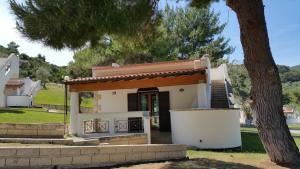 Villetta Roberto Pugnochiuso Resort - AbcAlberghi.com