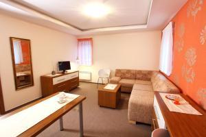 Penzion Hastrman, Guest houses  Banská Bystrica - big - 27