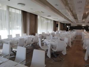 Hotel Sorriso, Отели  Милано-Мариттима - big - 17
