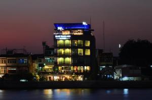 Baan Wanglang Riverside, Bangkok - Bangkok Noi