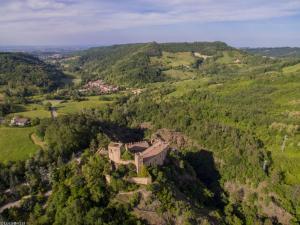 Torre del Barbagianni - Castello di Gropparello - AbcAlberghi.com