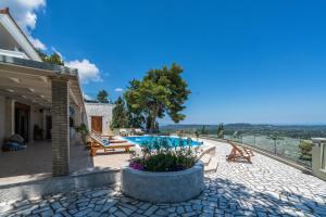 Castelli Villa, Виллы  Lagópodhon - big - 19