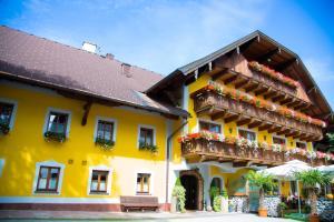 Faistenau Hotels