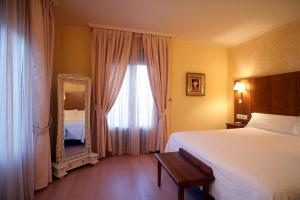 Hotel Villa de Larraga - Sansoáin