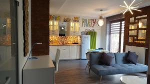 W80 Apartment