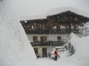 Residence Marmolada - AbcAlberghi.com