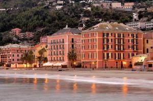 Hotel Residence Baiadelsole - AbcAlberghi.com