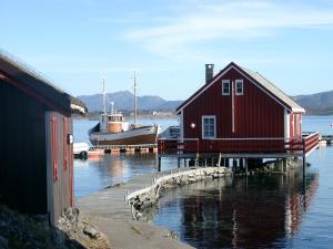 Håholmen Havstuer, Hotely  Karvåg - big - 28