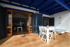 Casita Lanzaocean view, Apartmanok  Punta de Mujeres - big - 43