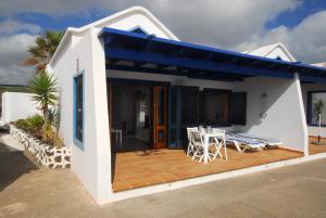 Casita Lanzaocean view, Apartmanok  Punta de Mujeres - big - 17