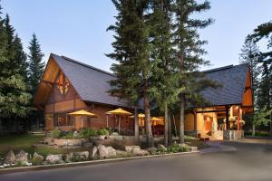 Buffalo Mountain Lodge - Hotel - Banff