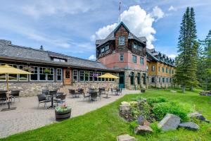 Deer Lodge - Hotel - Lake Louise