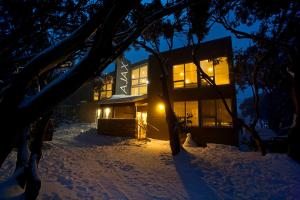 AJAX Ski Club - Hotel - Mount Buller