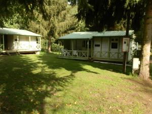 camping Au pays de Hanau, Kempy  Dossenheim-sur-Zinsel - big - 10