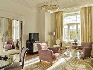 Four Seasons Hotel Gresham Palace (5 of 96)