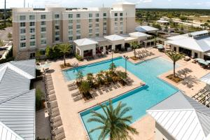 TownePlace Suites Orlando at Flamingo Crossings/Western Entrance (3 of 33)