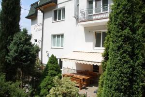 Villa Anastazis - Penzion Eden, Guest houses  Karlovy Vary - big - 165