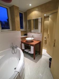 New Providence Hotel, Hotels  Vittel - big - 7