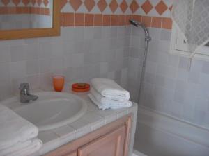 B&B Lei Bancaou, Отели типа «постель и завтрак»  La Garde-Freinet - big - 50