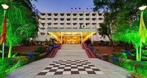 Ambassador Ajanta Hotel, Auran..