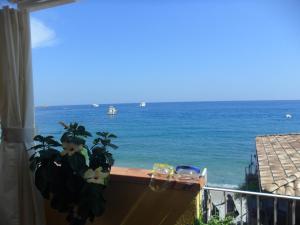 Beach Apartments - AbcAlberghi.com