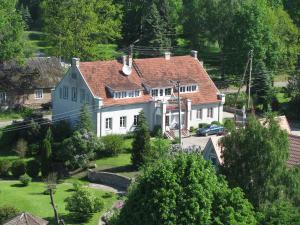 AAsmonienes Guest House