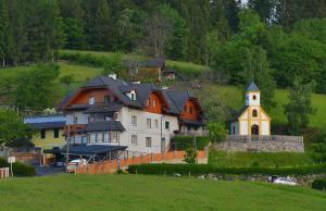 4 hvězdičkový apartmán Ferienwohnungen Perhofer Birkfeld Rakousko
