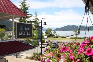 Harrison Spa Motel - Accommodation - Harrison Hot Springs