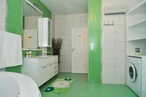 Green Apartments, Apartmány  Tivat - big - 45