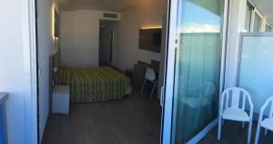 Hotel Montreal, Отели  Бибионе - big - 14