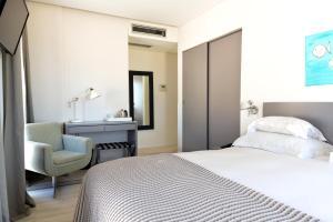 Hotel Mar Bravo, Hotel  Nazaré - big - 37