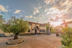 Hostales Baratos - Guest House Stara Sola Korte