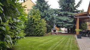 Villa Rozárka, Guest houses  Staré Město - big - 41