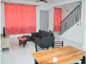Home2u D'Eula, Ferienhäuser  Johor Bahru - big - 10