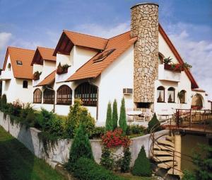 Hotel Pension Schmitt - Burkardroth