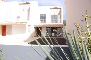 Lanui Porto Santo Beach House II
