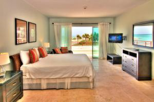 One Bedroom Apartment with Sea View Punta Palmera Cap Cana by Essenza Retreats