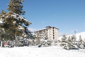 Hotel 5 Miglia, Отели  Ривизондоли - big - 25