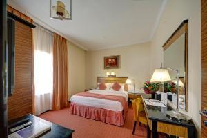 Rayan Hotel Corniche, Шарджа